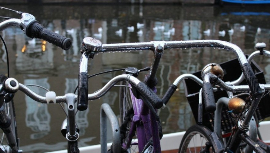 Amsterdam quand il pleut