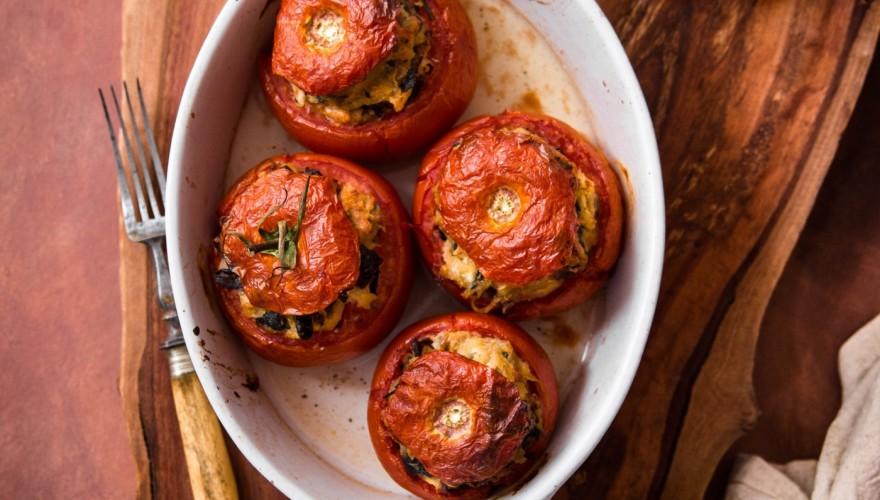 Tomates farcies végétariennes aux champignons