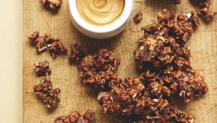 Recette rapide rose des sables pop-corn, chocolat et beurre de cacahuète