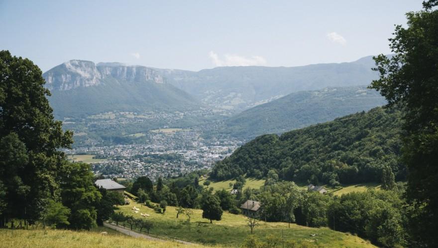 Une belle randonnée autour de Chambéry:les hauts deChanazpar le bec du Corbeau