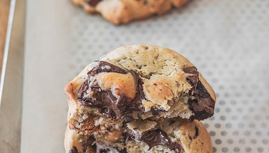Cookies DOUBLE dose de pépites: chocolat noir & beurre de cacahuète !